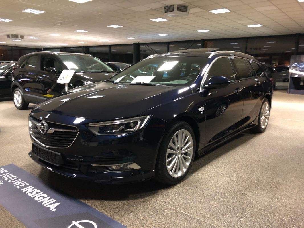 opel insignia sports tourer 1 5 turbo 165pk innovation. Black Bedroom Furniture Sets. Home Design Ideas