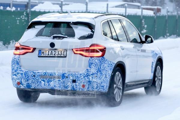Elektrische BMW X3 doorstaat koudeproef