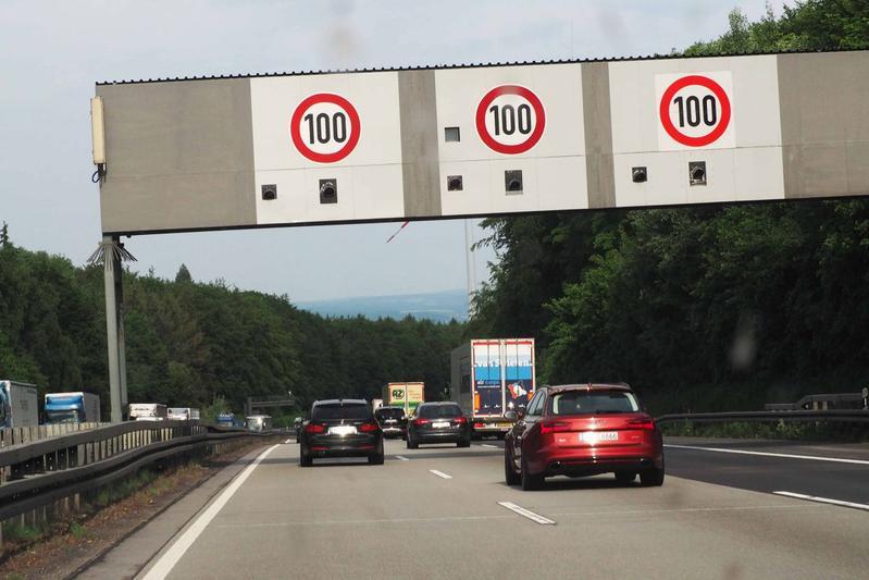 autobahn duitsland flitser a3 radar elzer berg