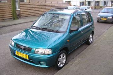 Mazda Demio 1.3 LX (1999)