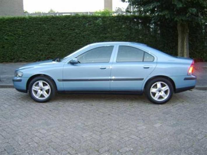 Volvo S60 2.4 140pk Edition (2003)