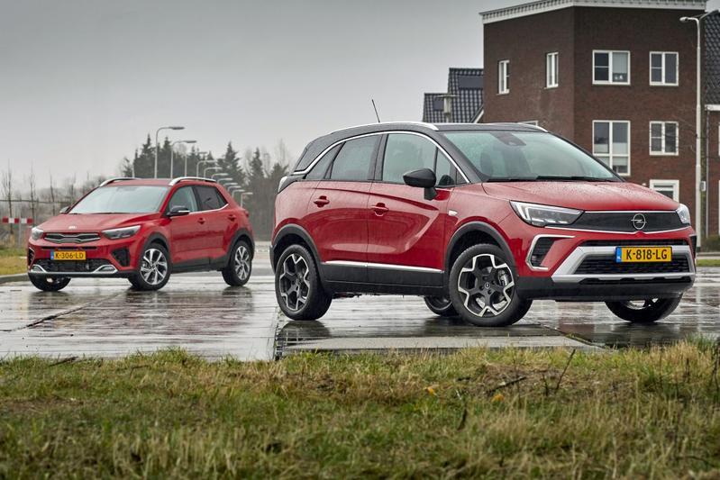 Test: Opel Crossland vs. Kia Stonic