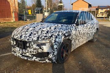 Spyshots Maserati Levante