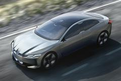 BMW belooft 700 km actieradius voor iNext