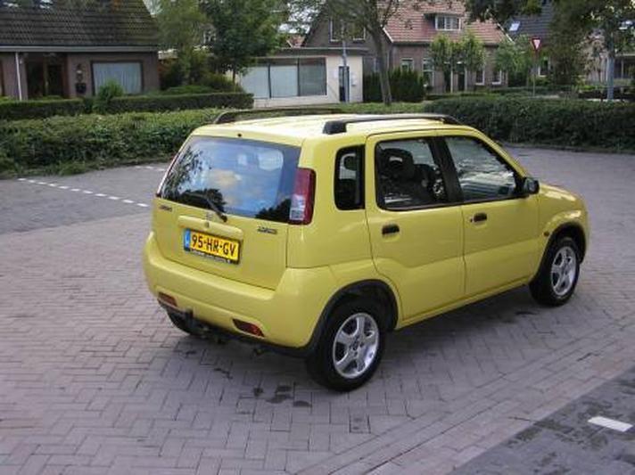 Suzuki Ignis 1.3 GL (2001)