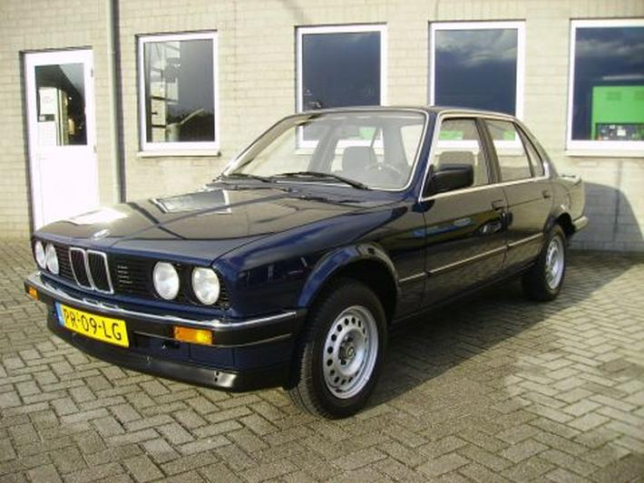 BMW 316 (1986)