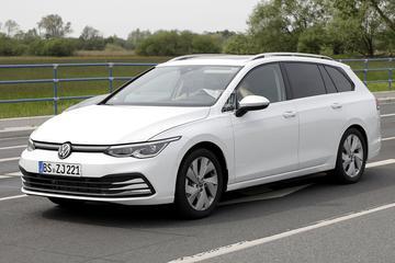 Nieuwe Volkswagen Golf Variant duikt op