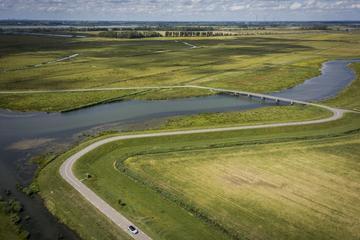 Ravenstein-De Biesbosch per Toyota Corolla GR - De Dijk