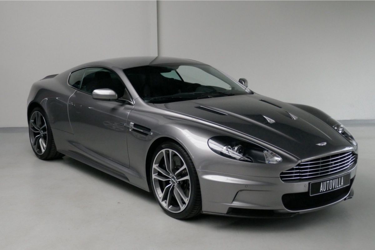 Cinco Usaron Aston Martins Para El Fan De Bond