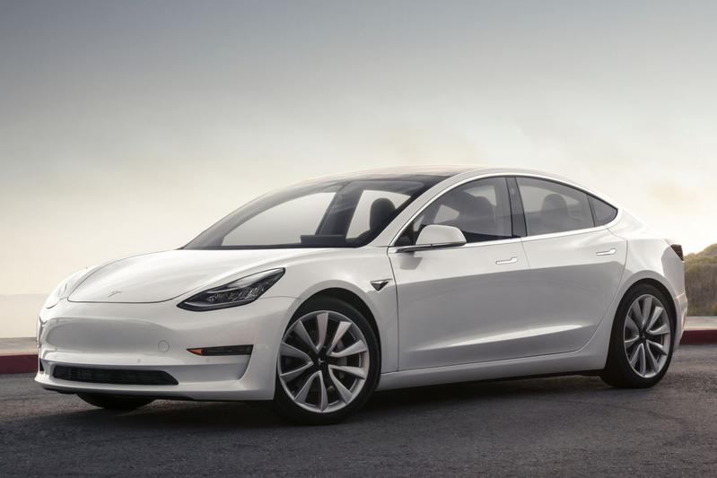 Tesla Model 3 Long Range AWD (2019)