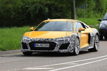 Audi scherpt R8 aan