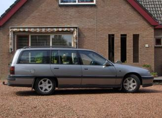 Opel Omega Caravan 2.6i GLT (1994)