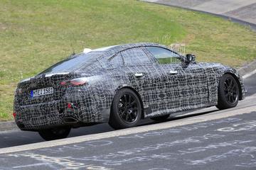 Nieuwe BMW 4-serie Gran Coupé strekt de benen