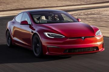 Tesla Model S Plaid is snelste elektrische auto op de Nürburgring [VIDEO]