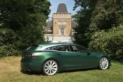 One-off Tesla Model S Shooting Brake onthuld