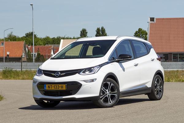 Meer Opels Ampera-e voor Nederland