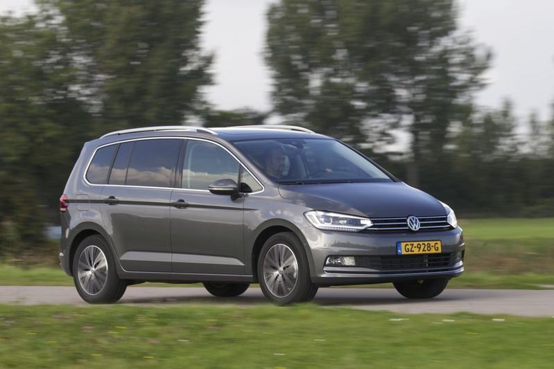Volkswagen Touran 1.4 TSI Highline (2015)