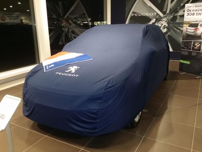 Peugeot 308 SW Blue Lease Executive 1.6 BlueHDi (2014)
