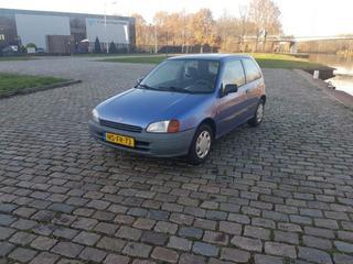 Toyota Starlet 1.3i (1996)