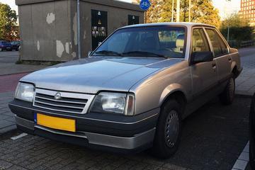 In het wild: Opel Ascona C (1988)