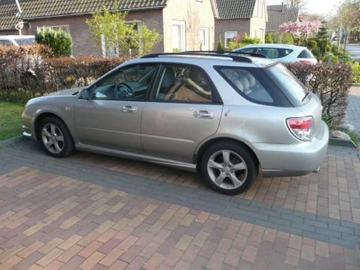 Subaru Impreza Plus 2.0R AWD (2005)