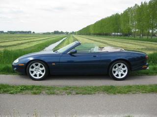 Jaguar XK8 Convertible (1997)