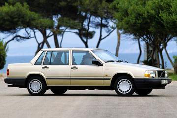 Volvo 740 GLE 2.3 (1990)