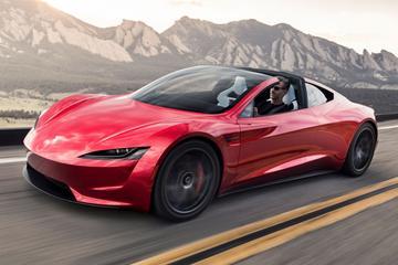 Komst nieuwe Tesla Roadster uitgesteld