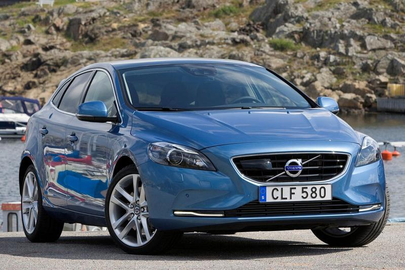 Volvo V40 D2 Business Summum (2016)