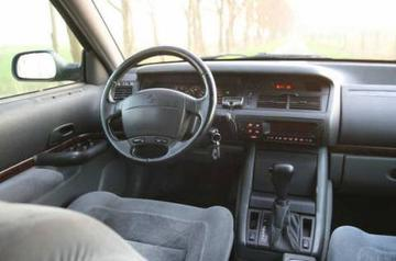 Renault Safrane RXE 2.5 (1998)
