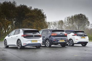'El automóvil eléctrico consume muchas menos materias primas que el automóvil de combustible'