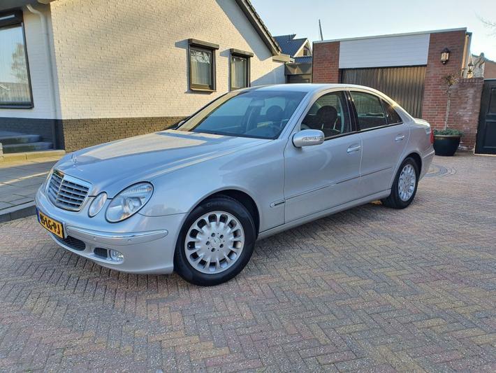 Mercedes-Benz E 200 Kompressor Elegance (2003)