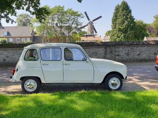 Renault R4 (R 1123) (1968)