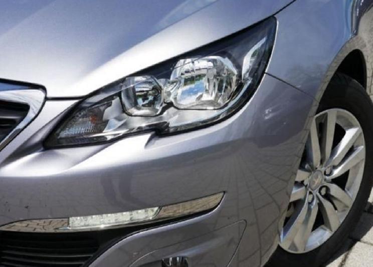 Peugeot 308 Active 1.6 e-HDi (2014)