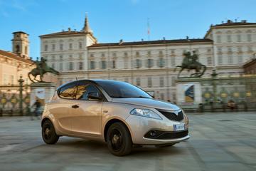 Lancia Ypsilon nu ook als Hybrid