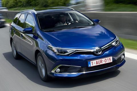 toyota auris touring sports 1 8 hybrid lease exclusive. Black Bedroom Furniture Sets. Home Design Ideas