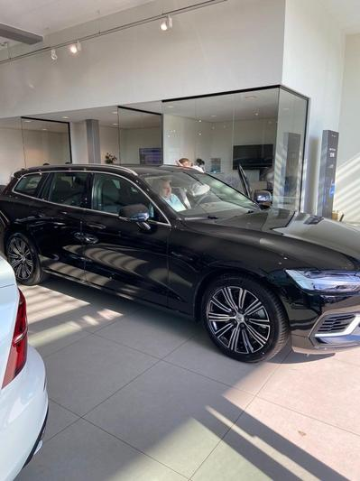 Volvo V60 T6 Recharge AWD Business Pro (2020)