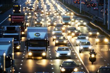 Gemiddeld bijna 8 ongelukken per uur in avondspits