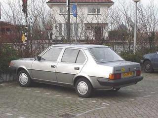 Volvo 340 DL 1.4 (1984)