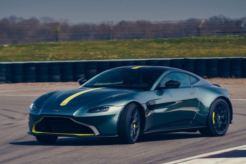 Aston Martin AMR Pro handbak