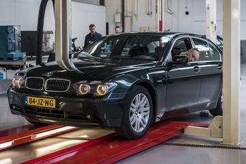 BMW 735i - 2002 - 333.083 km - Klokje Rond