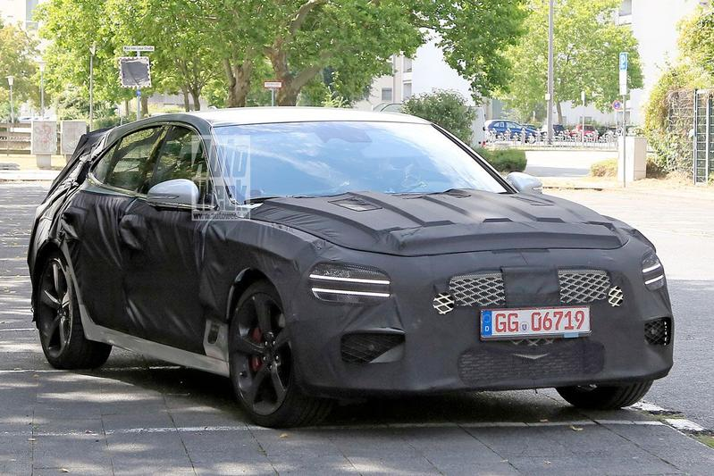 Genesis G70 Shooting Brake spyshots