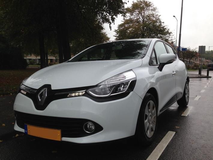 Renault Clio dCi 90 Energy Expression (2013) #3