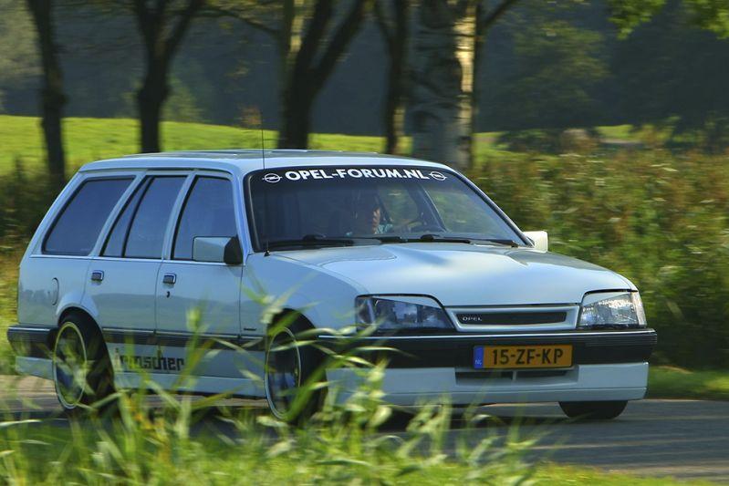 Kloppend Hart - Opel Rekord 4,0-liter Irmscher