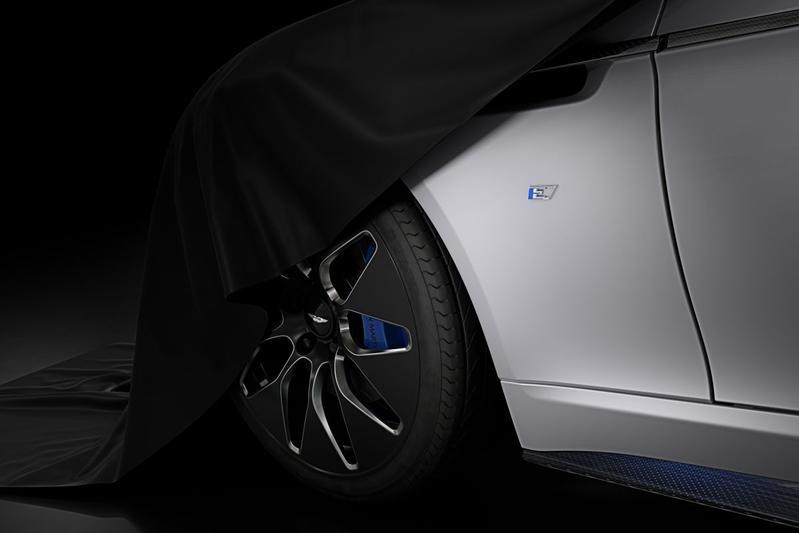 Aston Martin belicht Rapide E