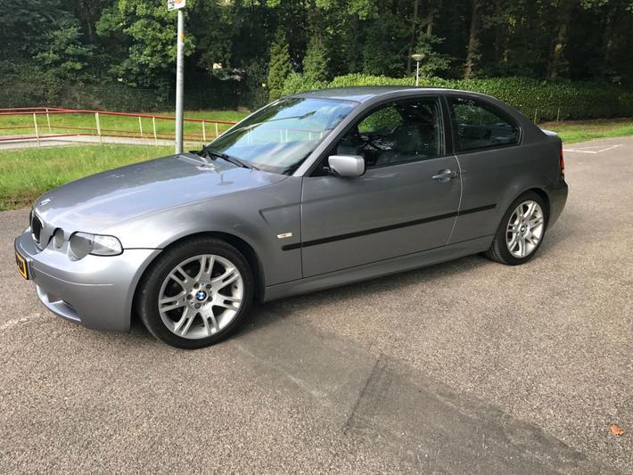 BMW 316ti Compact (2004)