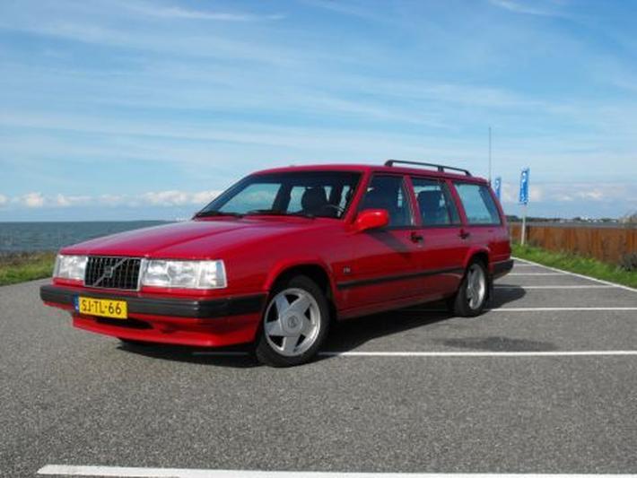 Volvo 940 Estate Polar 2.3 Sports Edition (1997)