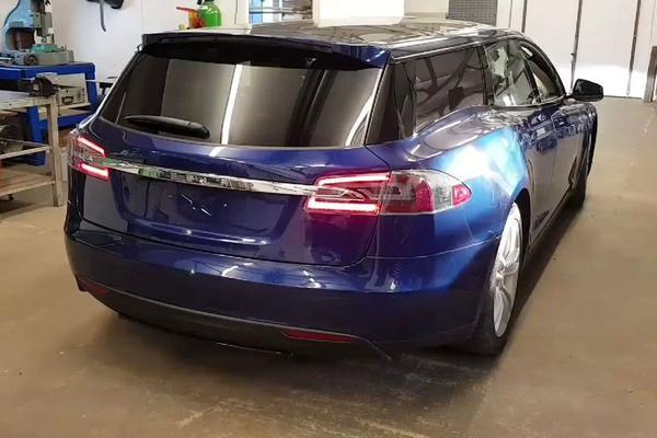 Eerste Tesla Model S-stationwagon compleet