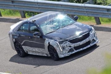 Cadillac test extreme CT4-V Blackwing