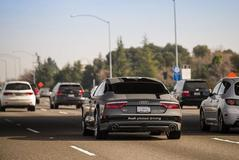 Audi A7 rijdt 900 kilometer zelfstandig